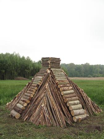 http://www.laurentledeunff.fr/files/gimgs/190_pyramides14.jpg