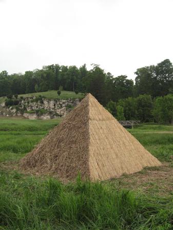 http://www.laurentledeunff.fr/files/gimgs/190_pyramides7.jpg